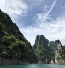 Khao Sok: experiencia inmersiva en la selva tailandesa